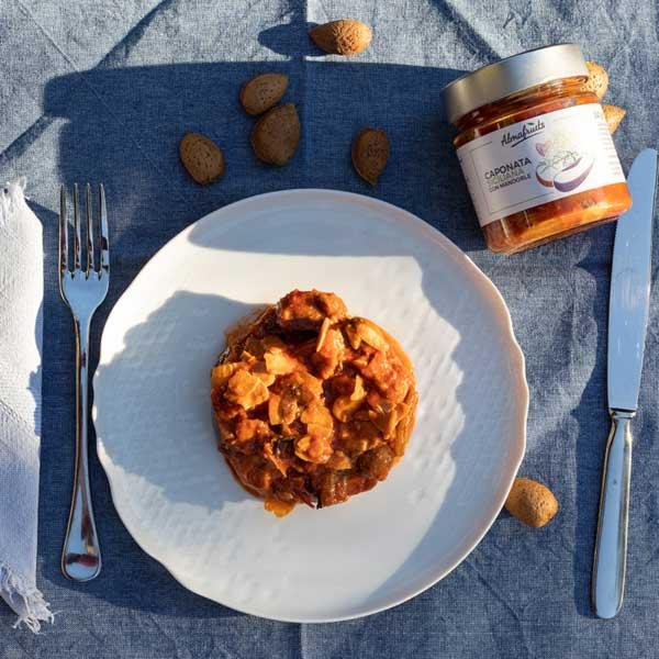 caponata siciliana con mandorle tostate